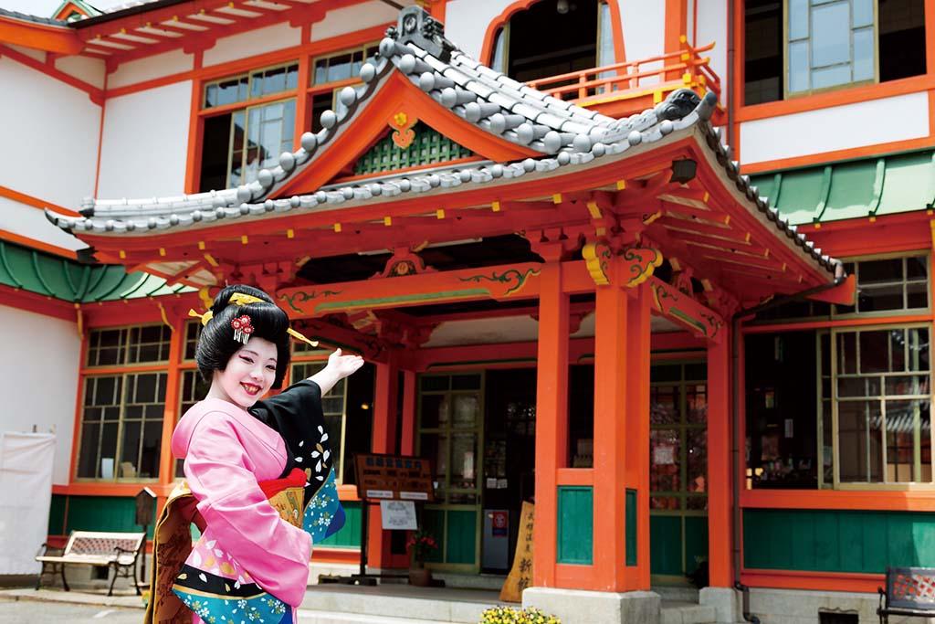 武雄温泉新館は資料館として無料公開されている