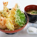 美里町野菜と海老のサクサク天丼・スパイシー鶏ハラミ丼